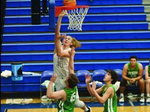 Bobcat Cade Carter scores two of his 17 points against Pickens last Saturday.